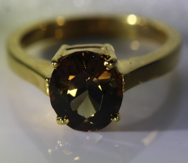 Imperial Garnet 3.62ct Solid 18K Yellow Gold Ring