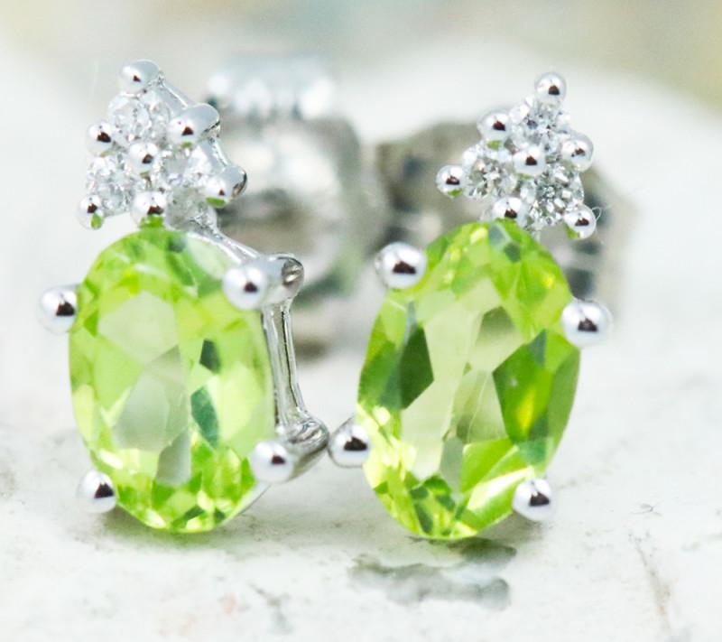 18KW White Gold Peridot & Diamond Earrings - E9798C - G24