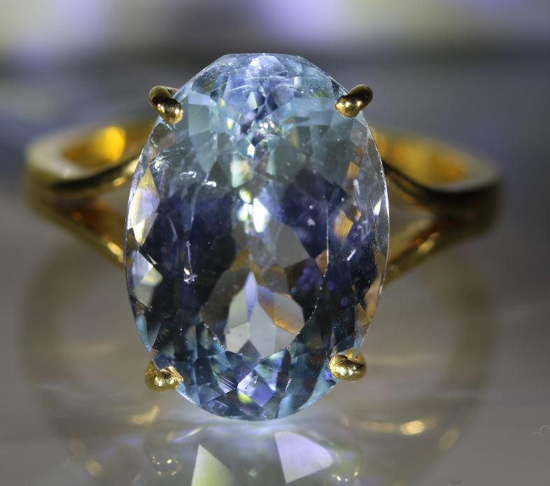 Aquamarine 10.45ct Solid 22K Yellow Gold Ring