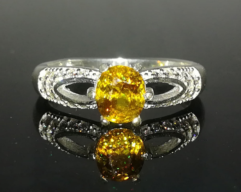 Natural Yellow Fire Sphene (Titanite) 14.00 Carats 925 Silver Ring