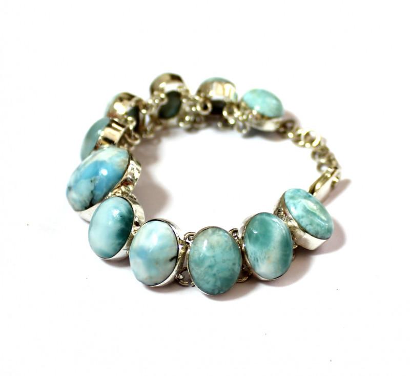 Splendid Natural Bold Sky Blue Oval Larimar .925 Sterling Silver Bracelet 6