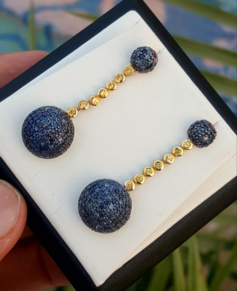 Beautiful Natural sapphire Earring.