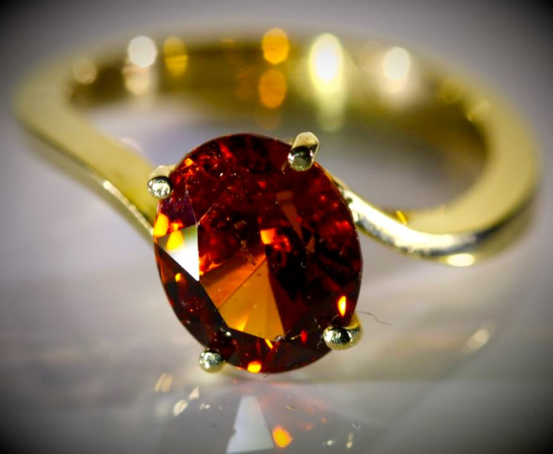 Spessartine 5.15ct Solid 18K Yellow Gold Ring 5g