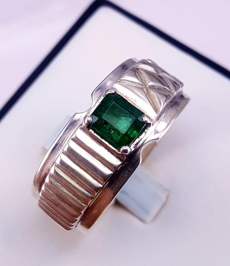 Natural Emerald Men Ring
