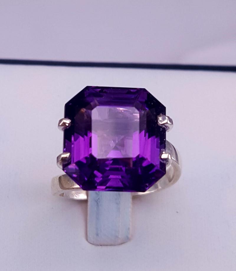 Natural Amethyst Ring.