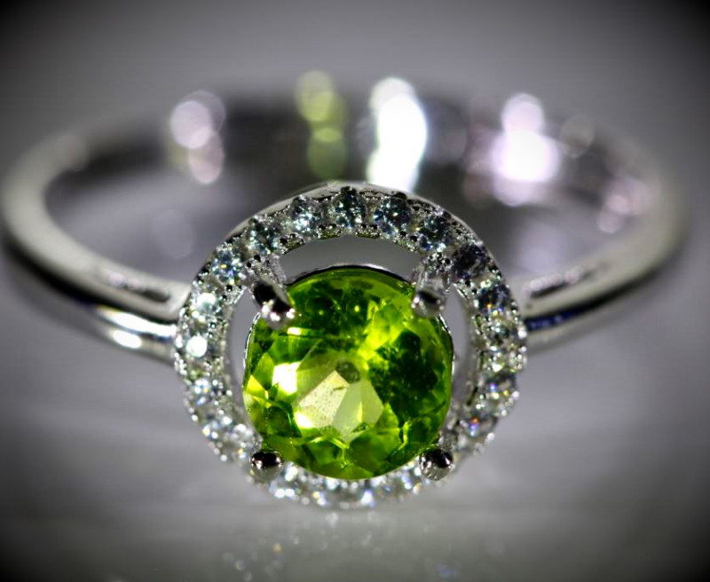 Peridot 1.00ct White Gold Finish Solid 925 Sterling Silver Ring