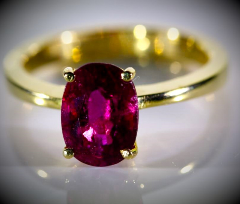 Rubellite 3.02ct Solid 18K Yellow Gold Ring