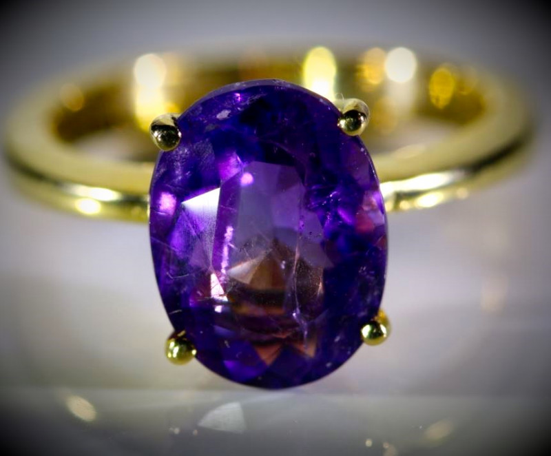 Amethyst 3.62ct Solid 18K Yellow Gold Ring 5.18g