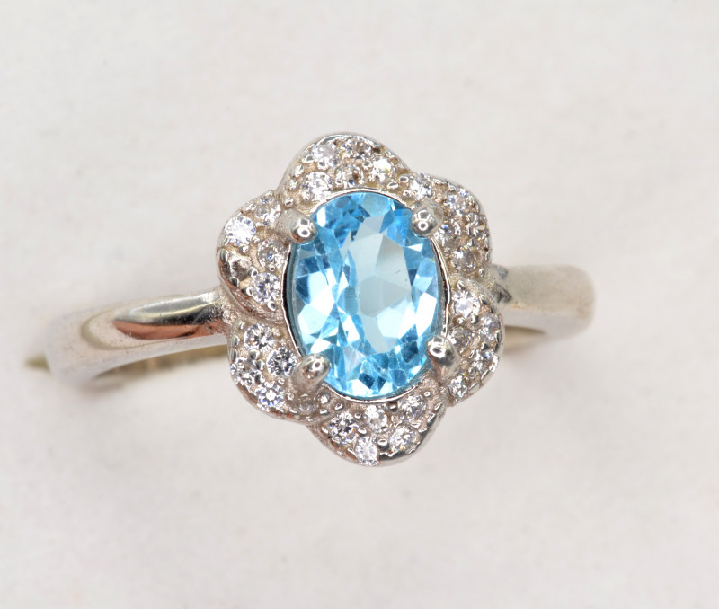 Natural Blue Topaz 18.85 Cts CZ, Silver Ring