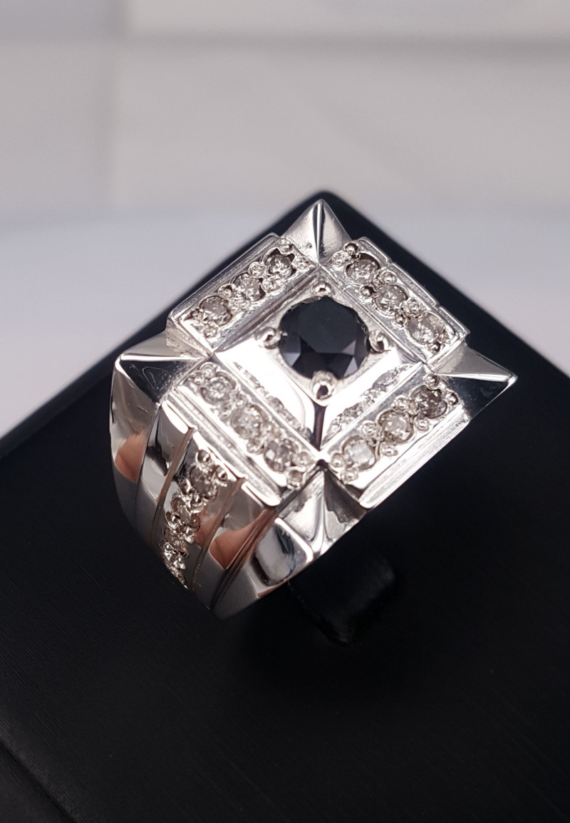 Natural Diamonds Men Ring TCW  1.51.