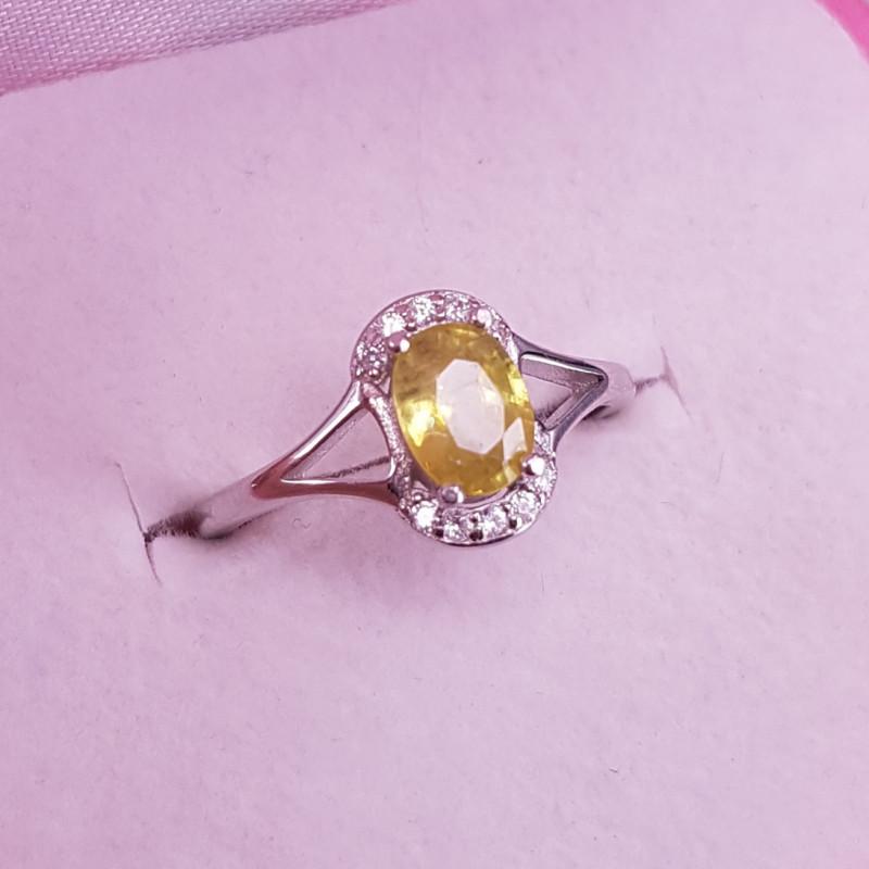 Natural Spheen Ring.