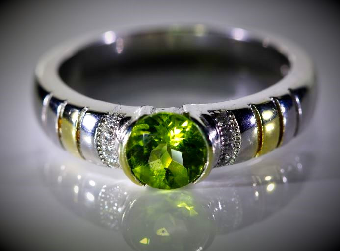 Peridot 1.06ct Golden Rhodium Finish Solid 925 Sterling Silver Ring