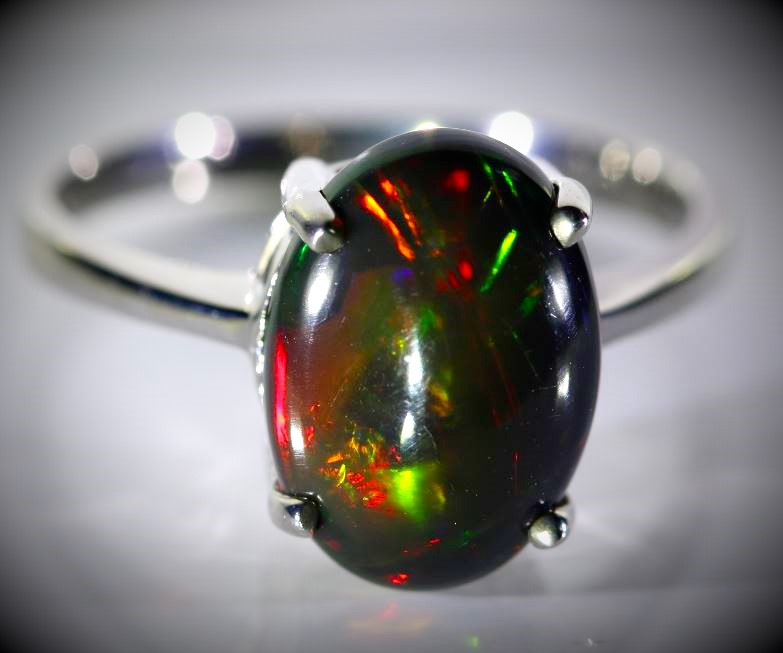 Black Opal 4.10ct Platinum Finish Solid 925 Sterling Silver Ring