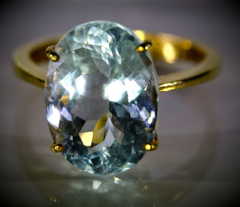 Aquamarine 7.81ct Solid 22K Yellow Gold Ring