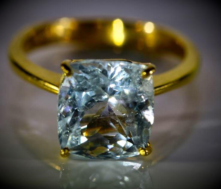 Aquamarine 4.97ct Solid 22K Yellow Gold Ring