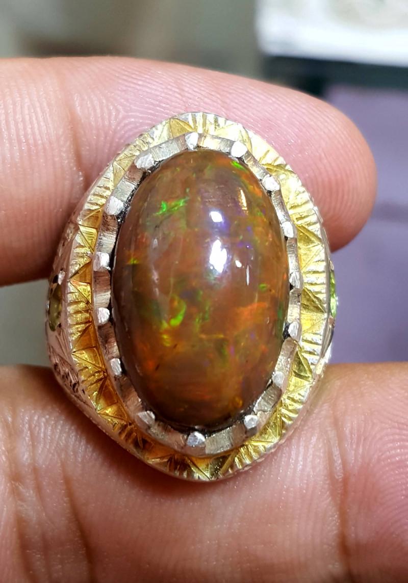 8.5 carat Natural Opal and Peridot Ring.