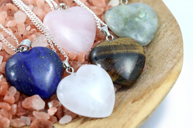 Promotional Five  Heart Shape Gemstone Pendants for Lovers  NA 661