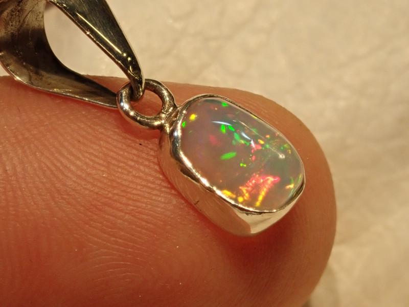 4.61ct Blazing Welo Solid Opal Pendant