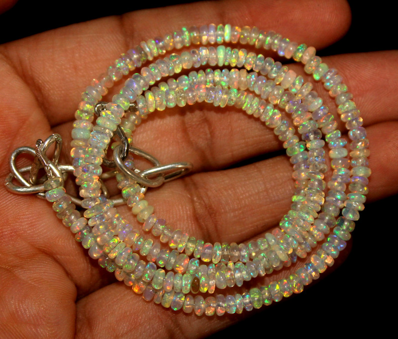 31 Crt Natural Ethiopian Welo Opal Necklace 123