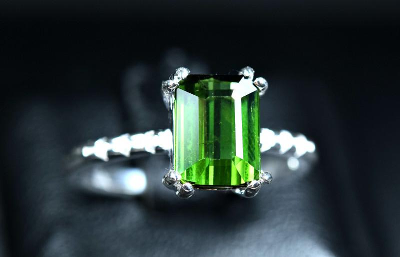 Natural top transparent Green Tourmaline 925 Silver Ring