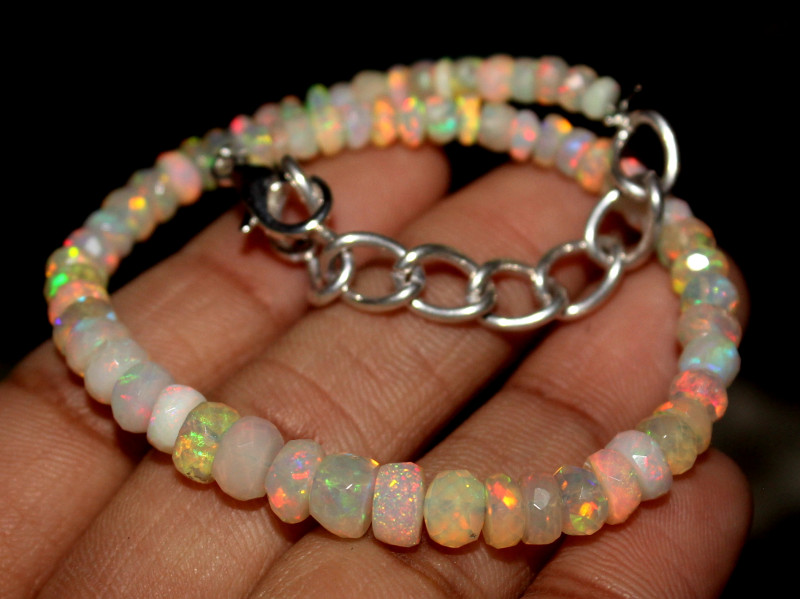 25 Crt Natural Ethiopian Welo Faceted Opal Bracelet 84