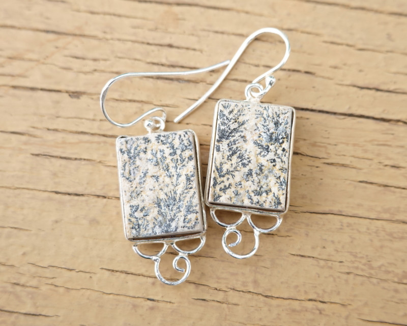 6.72g - 925 Sterling Silver Earrings with Natural Stone / JW23