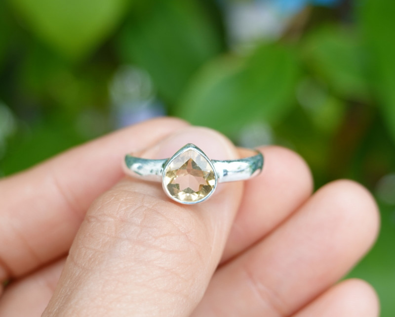 2.86g - 925 Sterling Silver Rings with Natural Stone / JW64