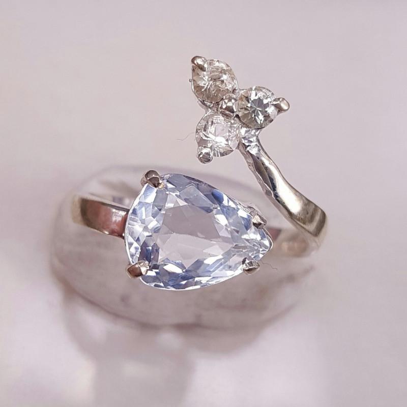 Natural Aquamarine and white sapphire