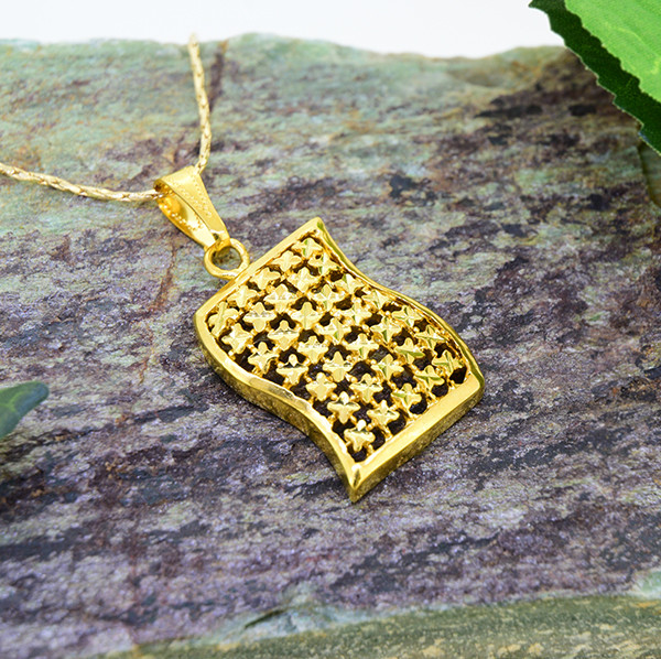 Abstract Unisex Gold Filled Pendnat