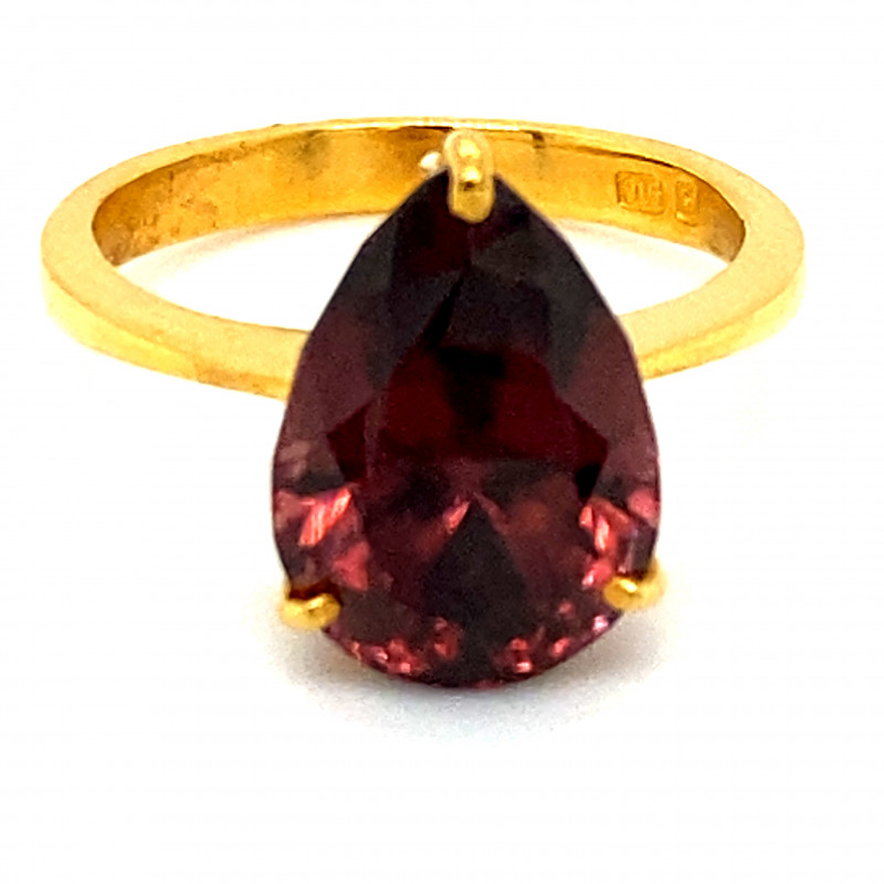 Red Zircon 10.20ct Solid 22K Yellow Gold Ring