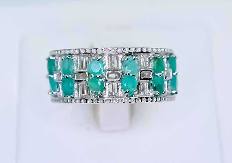 33.92 Crt Natural Emerald 925 Silver Ring