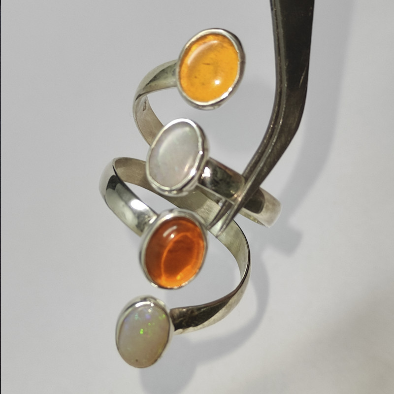 950 silver ring with solid opal and fire