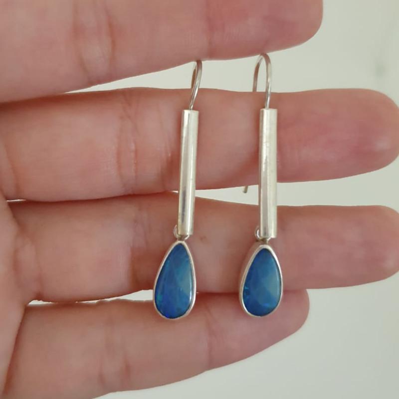 Silver earrings 950 hook with opal doublet drop shape