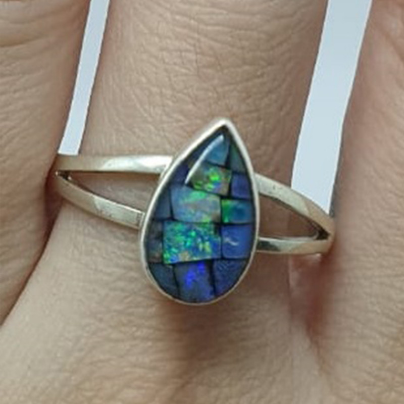 950 silver ring with drop-shaped mosaic opal
