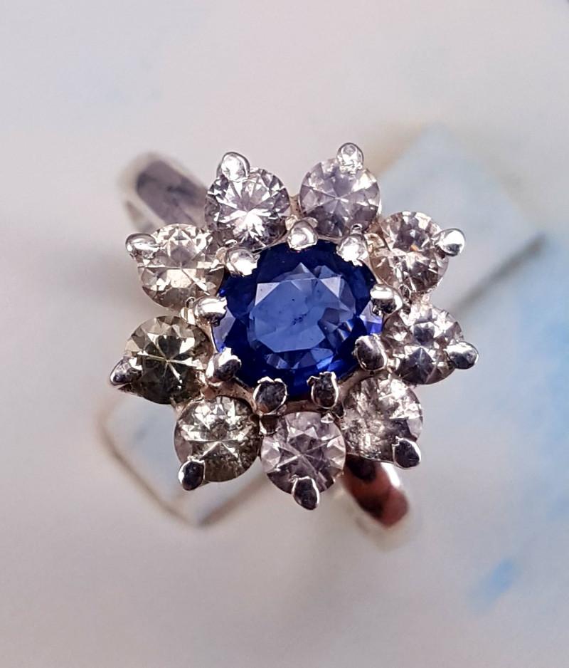 Royal Blue Natural Ceylon Sapphire Ring.