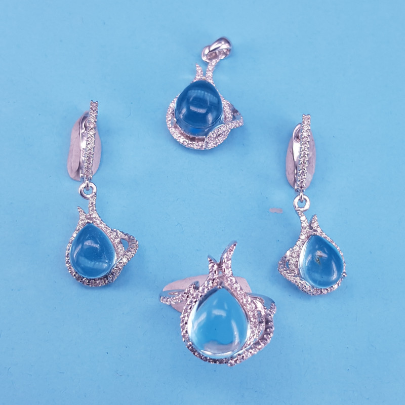 Natural Blue Topaz Cabochon Set