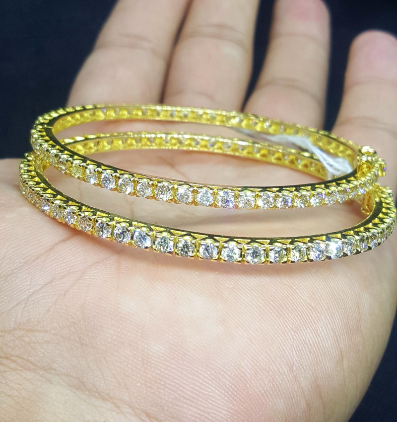 21k Gold Natural Diamonds bangles.