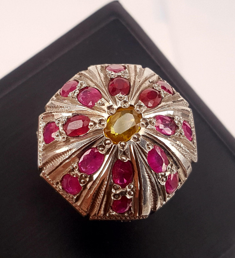 Natural Ruby and yellow sapphire Ring.
