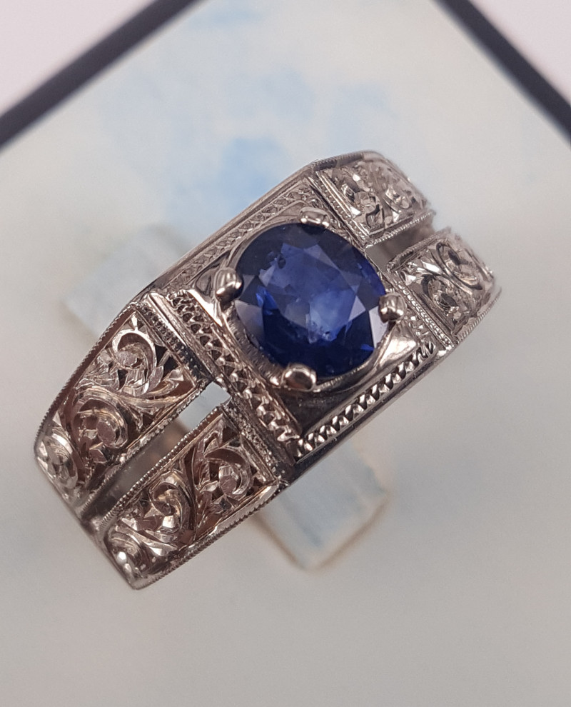 AIG certified Natural Sapphire Hand crafted Ring.