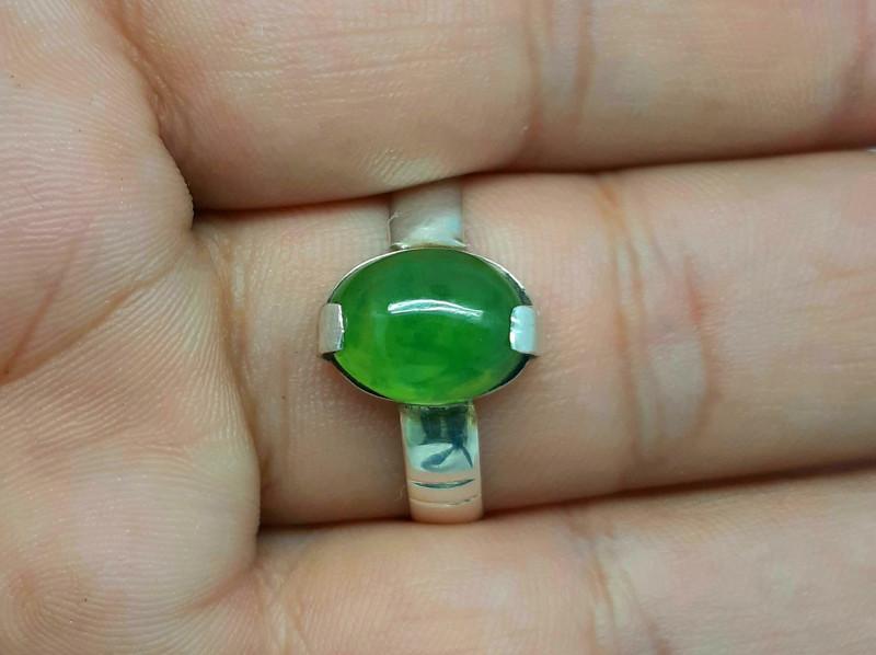 9.60 carats green grossular garnet hand made 925 silver ring. Ring size 11.