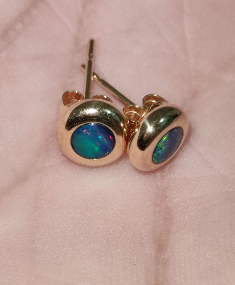 14k gold hook earrings - opal round shape