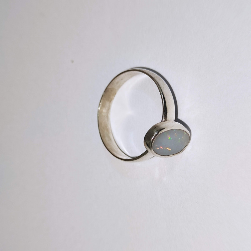 950 silver ring with solid oval opal