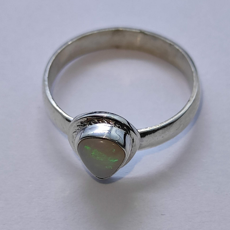 950 silver ring with drop solid opal
