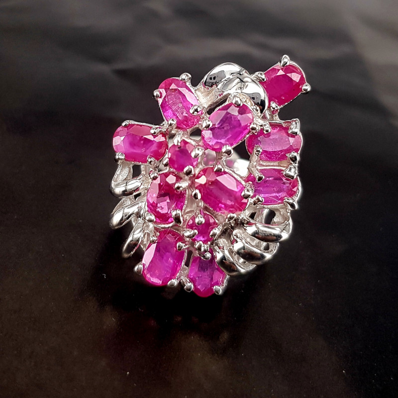 Lovely Style Glass Filled Ruby Ring