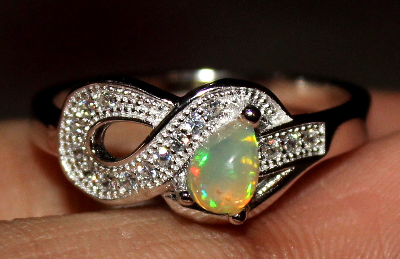 Natural Ethiopian Welo Opal 925 Silver Ring 1
