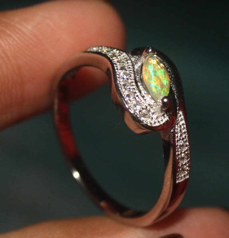 Natural Ethiopian Welo Faceted Opal 925 Silver Ring 7