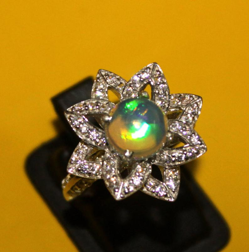 Natural Ethiopian Welo Opal 925 Silver Ring 114