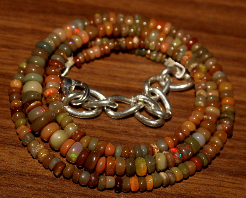 42 Crt Natural Ethiopian Welo Opal Necklace 450