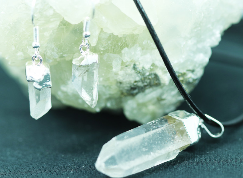 Four Raw Crystal Points 12pc Pendant and Earring BRECR-4