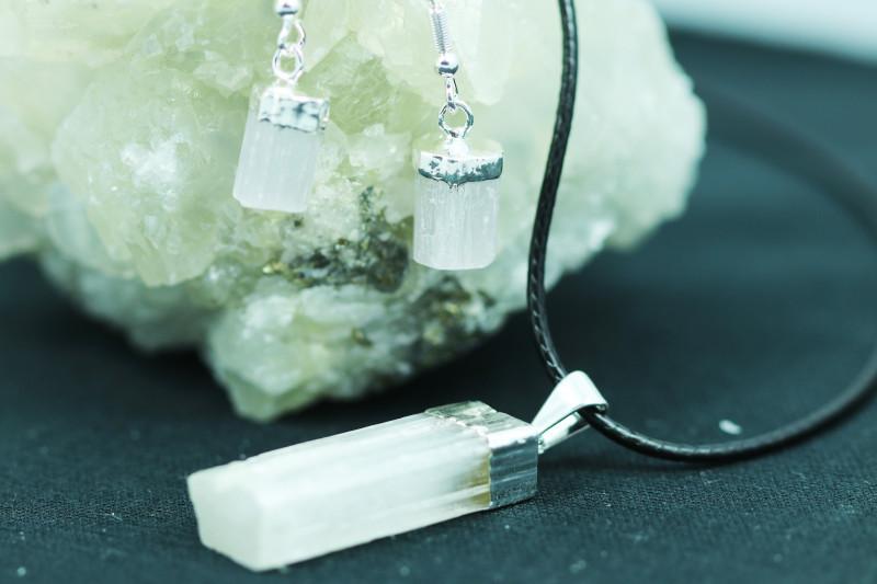 Twelve Raw Selenite 36pc Pendant and earring BRESEL-12